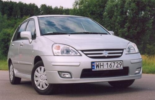 Fot. Z. Podbielski: Liana, w gamie produkcyjnej firmy Suzuki, zastępuje model Baleno.