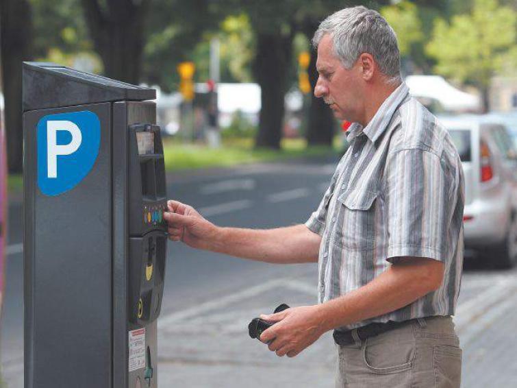 Parkomaty w Słupsku z opóźnieniami