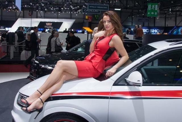 Zdjęcia dziewczyn - Geneva International Motor Show 2014