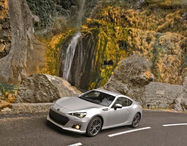 zdjęcie Subaru BRZ