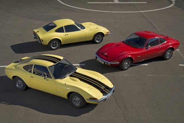 Opel - Bodensee-Klassik 2016  W ramach Bodensee Klassik w dniach od 5 do 7 maja kierowcy klasycznych samochodów odwiedzą najpiękniejsze zakątki Austrii i południowych Niemiec.   Fot. Opel