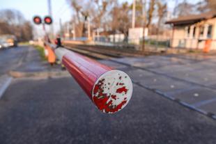 Przejazd kolejowy, Kamery zarejestrują łamiących przepisy (video)