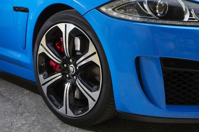 zdjęcie Jaguar XFR-S