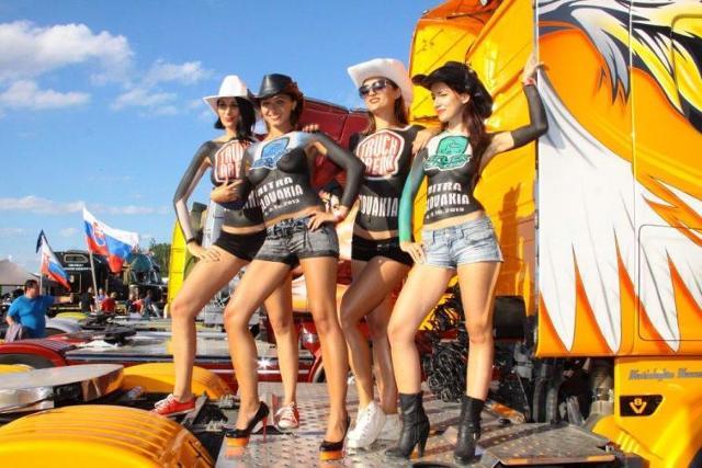 Piękne dziewczyny na zlocie Master Truck 2013