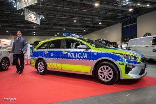 Policja. Nowe malowanie radiowozów (video)