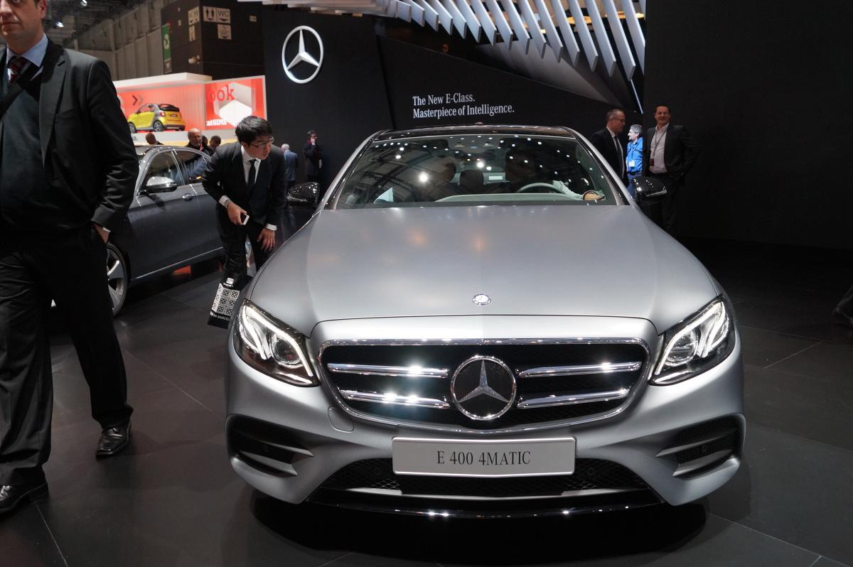 Długość auta wynosi 4923 mm, co oznacza, że samochód jest o 43 mm dłuższy. Rozstaw osi zwiększono natomiast o 65 mm do 2939 mm / Fot. Tomasz Szmandra