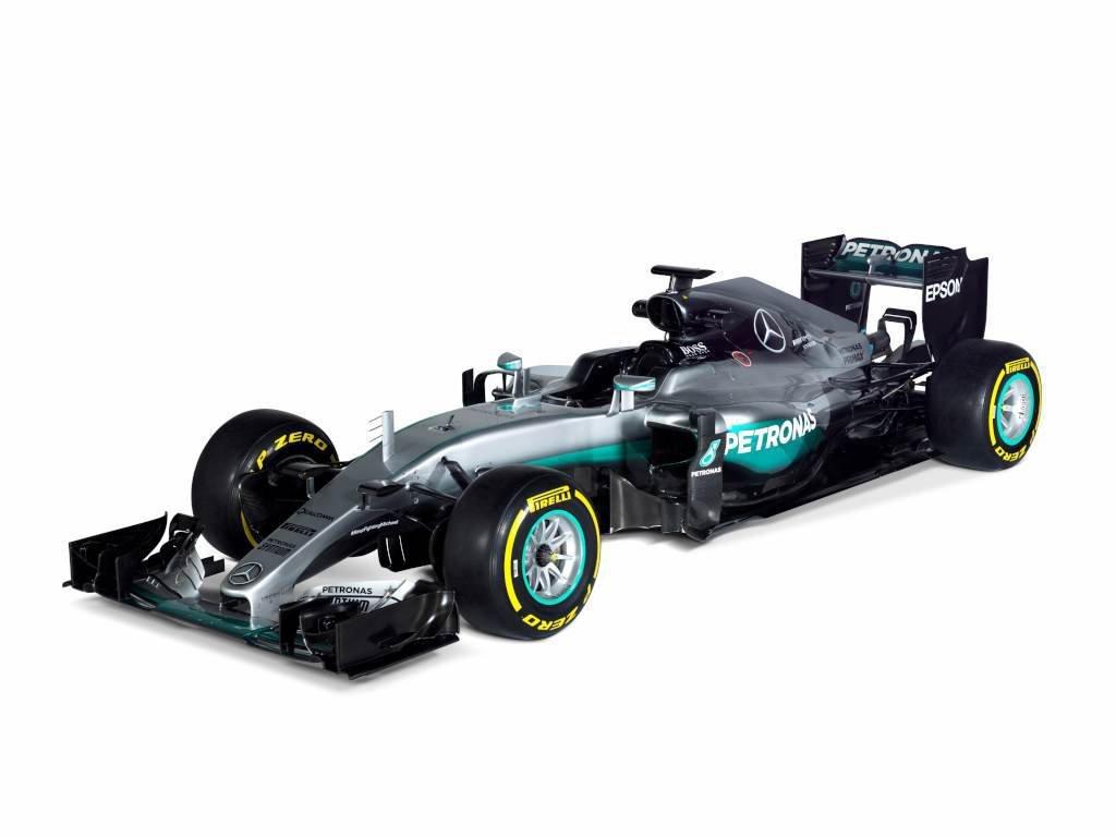 Zespół Mercedesa zaprezentował bolid na sezon 2016 o nazwie F1 W07 Hybrid / Fot. Mercedes-Benz