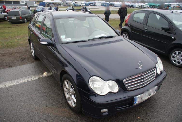 Giełdy samochodowe w Kielcach i Sandomierzu (15.04) - ceny i zdjęcia