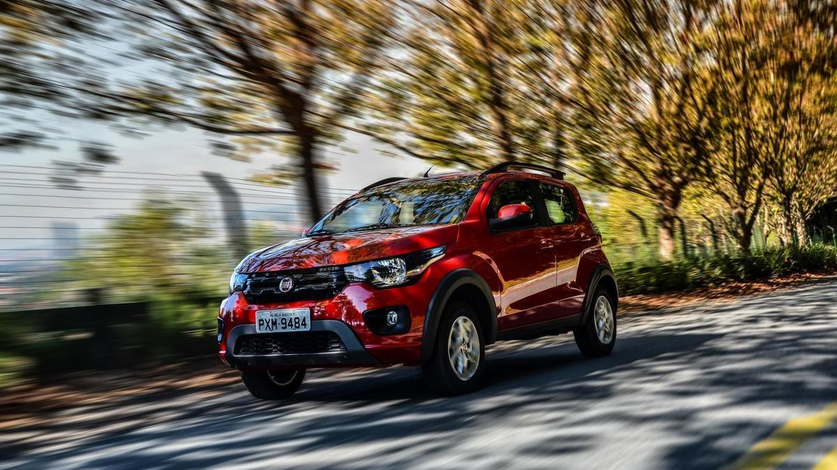 Fiat Mobi  Sercem modelu Mobi jest 4-cylindrową jednostkę flex-fuel o pojemności 1 litra działająca na dwa rodzaje paliwa. Korzystając z benzyny jednostka oferuje 73 KM oraz 93 Nm, a podróżując na etanolu 75 KM oraz 97 Nm.   Fot. Fiat