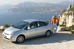 Toyota Prius II (2002 - 2009) Hatchback