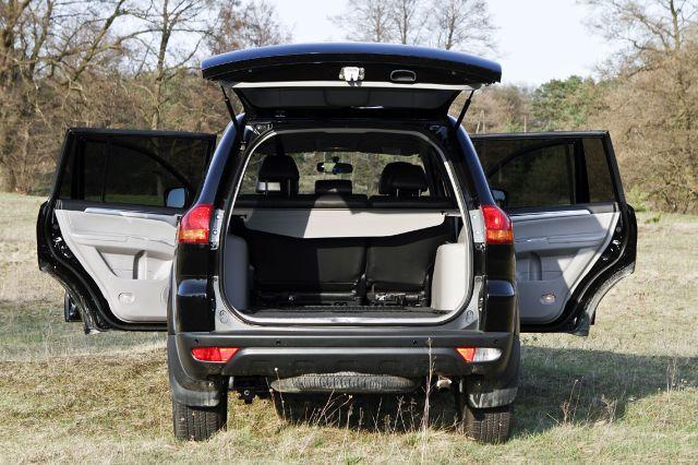 zdjęcie Mitsubishi Pajero Sport