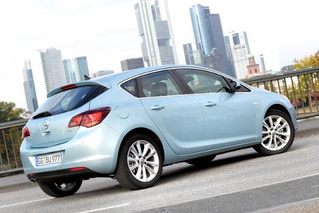 Nowy Opel Astra - dwa tysiące aut może mieć wadę fabryczną
