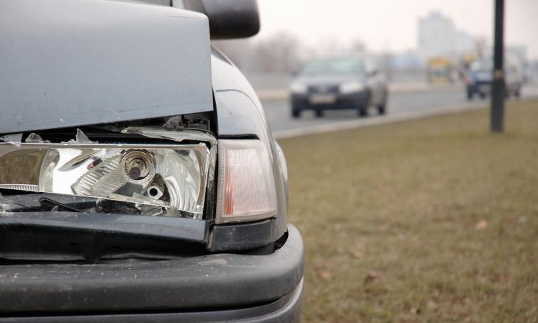 Jak wynika z komunikatu Ubezpieczeniowy Fundusz Gwarancyjny zidentyfikował w 2019 r. około 127 tys. właścicieli pojazdów, którzy nie posiadali obowiązkowej polisy OC.   Fot. Archiwum