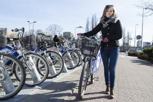 Rower miejski a koronawirus. Czy można wypożyczać rowery miejskie?