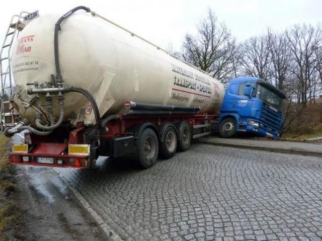Uważaj na ciężarówki ze śmiertelnie niebezpiecznymi ładunkami