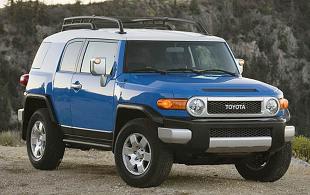 Toyota FJ Cruiser (2006 - teraz) SUV