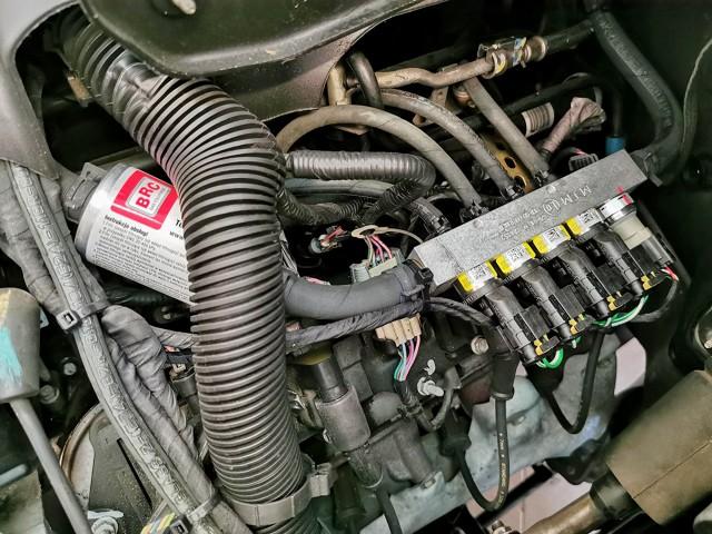 Które silniki dobrze współpracują z instalacjami gazowymi, a w jakich przypadkach nie warto inwestować w popularne LPG?  Fot. Jacek Wasilewski
