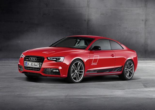 Pod maską pracuje jednostka  3.0 TDI dostarczająca 245 KM oraz 580 Nm.  Przyspieszenie do 100 km/h zajmuje 5,9 s. a producent deklaruje zużycie paliwa na poziomie 6,3 l/100 km / Fot. Audi