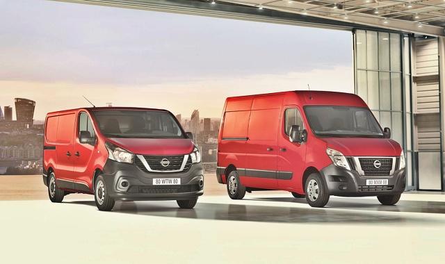 Nissan odnowił swoje dwa auta dostawcze - modele NV300 i NV400. Nowe są silniki, wnętrza kabin oraz inteligentne opcje technologiczne zapewniające bardziej wydajną obsługę.  Fot. Nissan