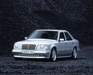 Mercedes-Benz Klasa E W124 (1993 - 1996) Sedan