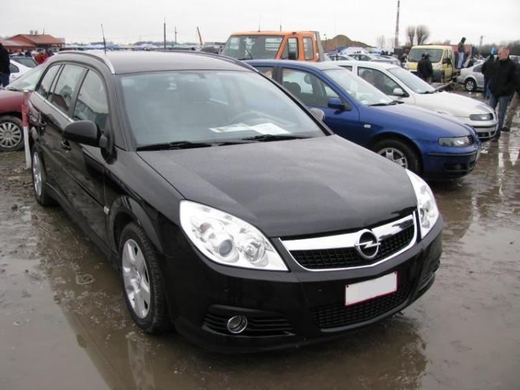 Giełda samochodowa w Rzeszowie - sprawdź ceny i zobacz zdjęcia