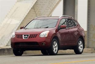 Nissan Rogue (2007 - teraz) SUV