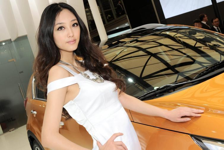 Najpiękniejsze dziewczyny targów w Szanghaju - zobacz zdjęcia