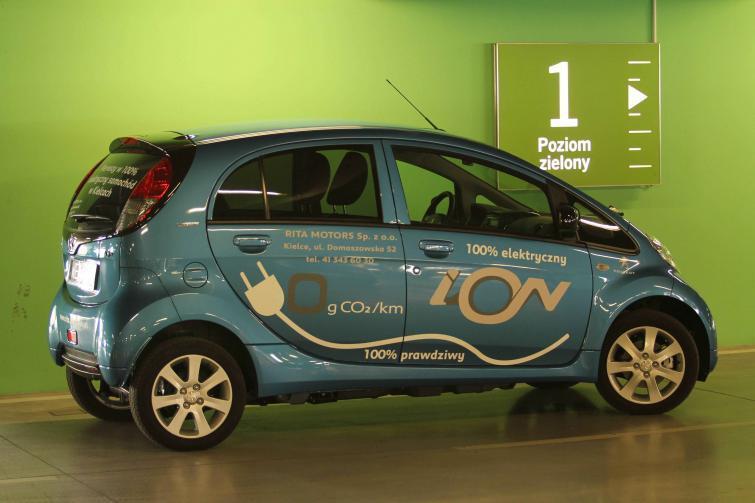 Testujemy: Peugeot iOn - elektryczna zabaweczka (zdjęcia, film)